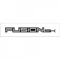 [Nálepka Fusion logo - ploter čierna 1,9 x 20cm]