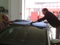 [Lepenie karbonovej folie 3M na strechu - Fiat Bravo]